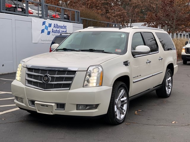 Pre-Owned 2011 Cadillac Escalade ESV Platinum Edition