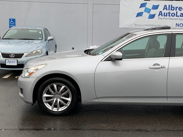 Pre-Owned 2009 INFINITI G37 X